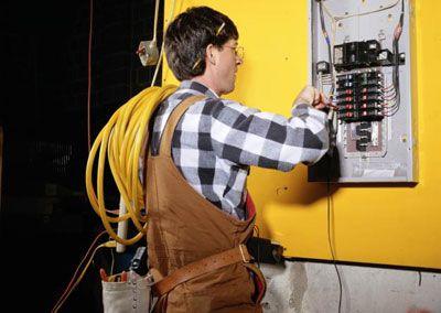 монтаж внутренних электрических сетей